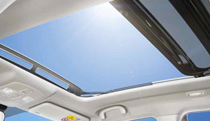 Suzuki Vitara Panoramic Sunroof