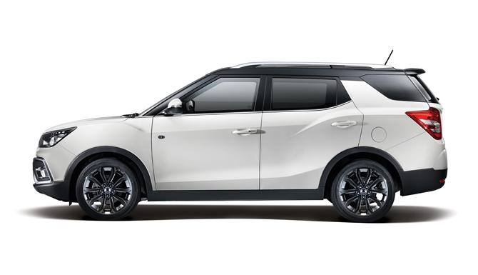 Tivoli XLV New Car Side View